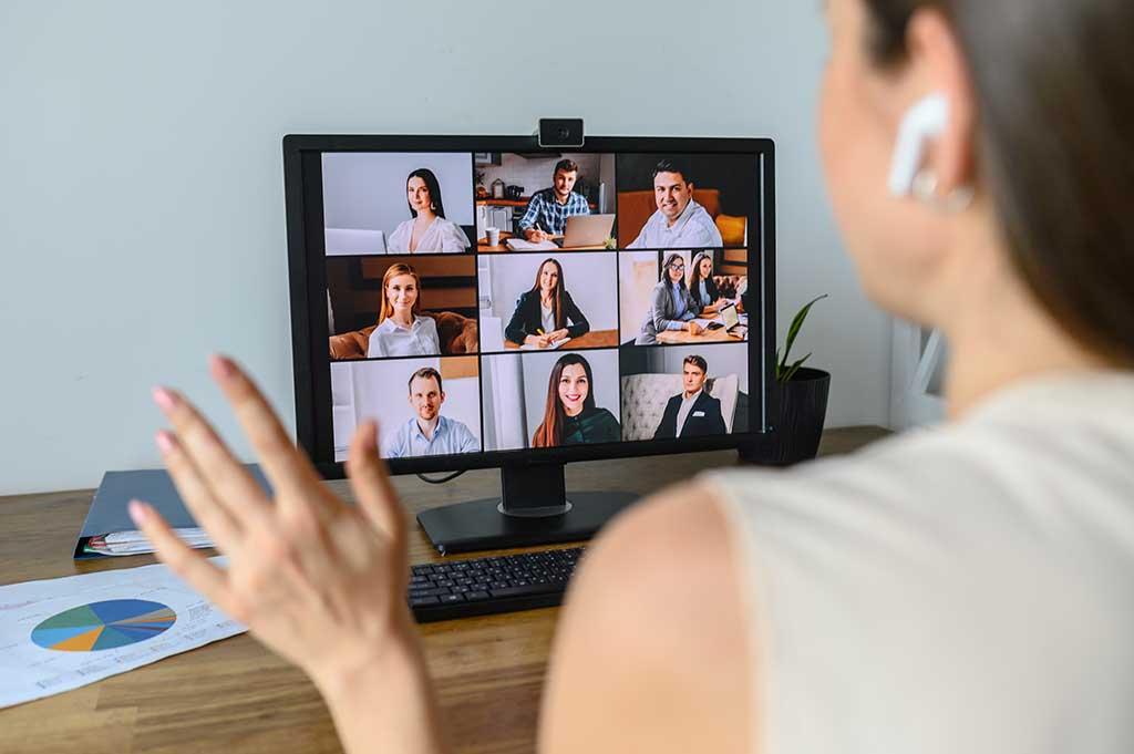 Virtual presenter greeting i2i technologies team on video